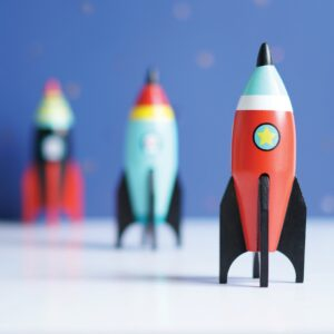 Rocket_wooden_red_kids_toy
