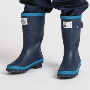 grass-and-air-kids-navy-wellies-blue-trim
