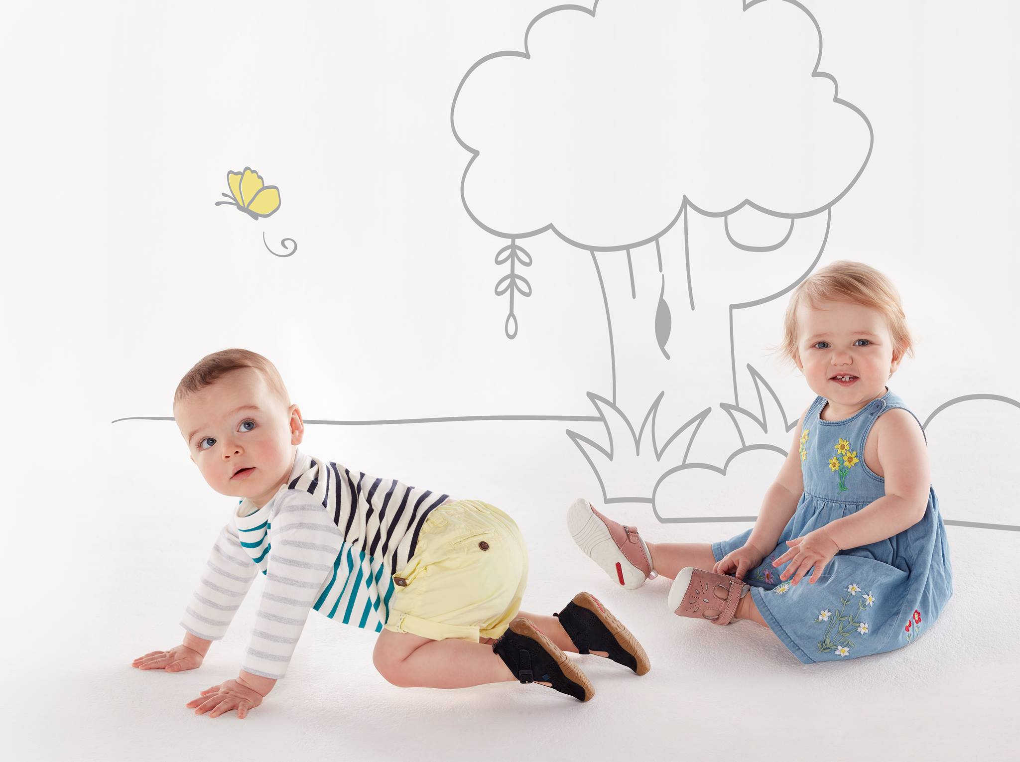 Our Guide to Supporting Baby's First Steps - Treehouse Childrenswear